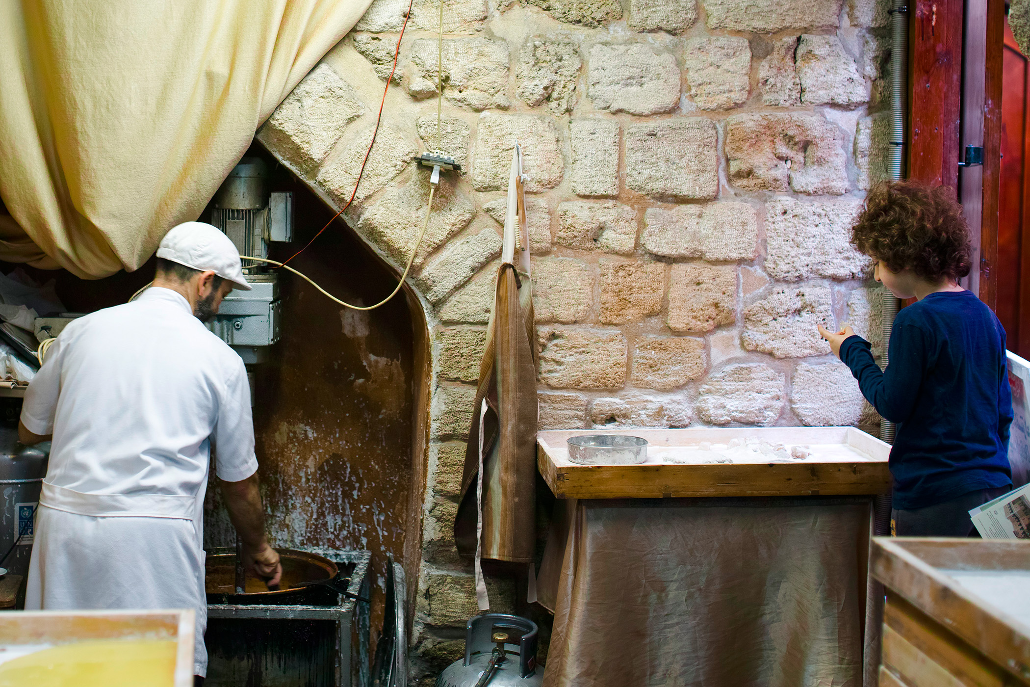 Arabic sweets workshop in the old souks of Saida